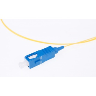 Medium* pigtail SC/PC 1m, G657A, LSZH